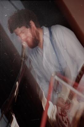 Lucas Meyer con Maniquíes en Sala Vaz Ferreira